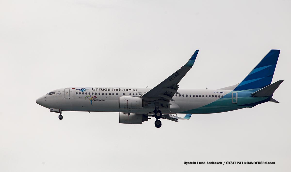 Garuda indonesia (PK-GMM) Boeing 737-800 Jakarta Airport Sukarno Hatta