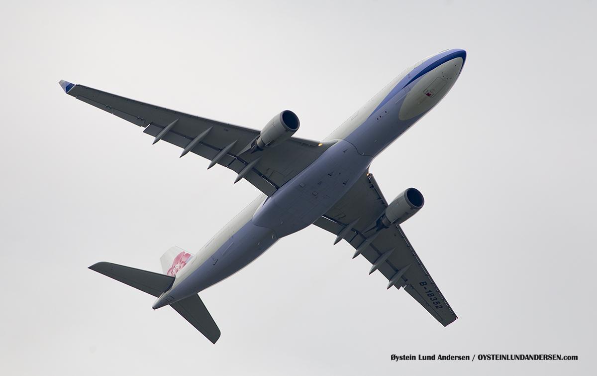 China Airlines (B-18352) Airbus 330-300 Jakarta Airport Sukarno Hatta