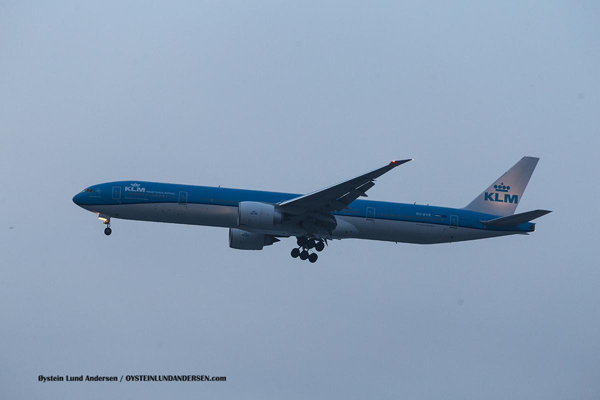 KLM Boeing 777-300ER (PH-BVR)