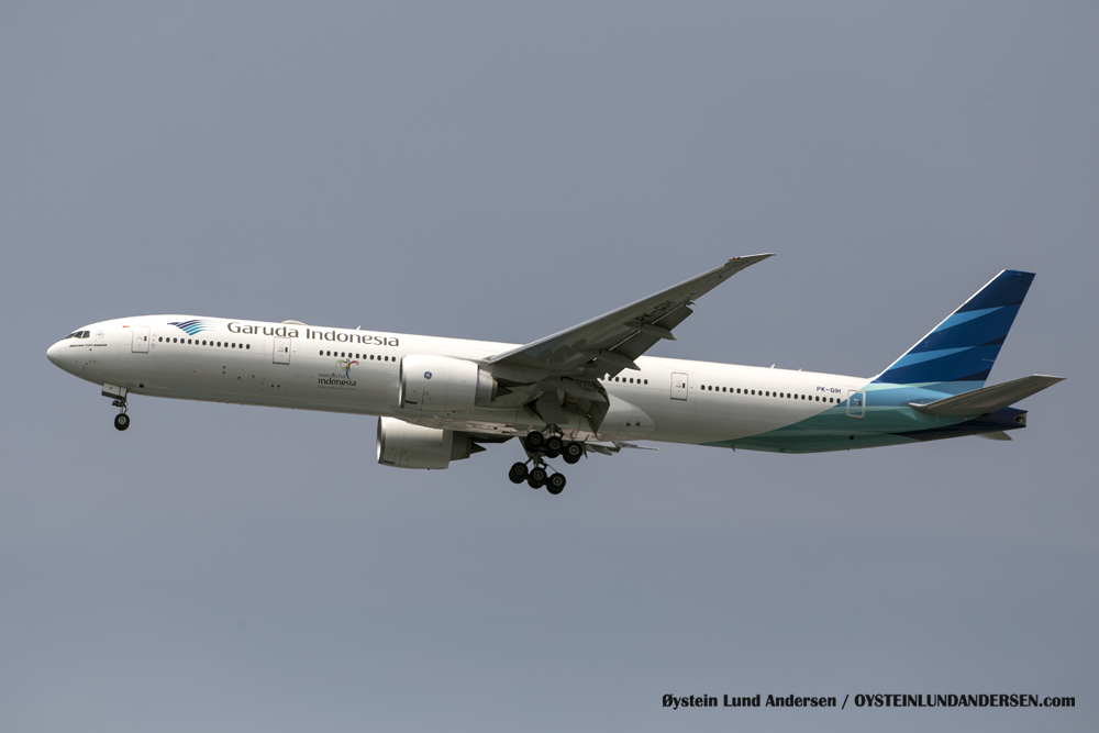B-777-300 arriving from Jeddah (29 December 2015)
