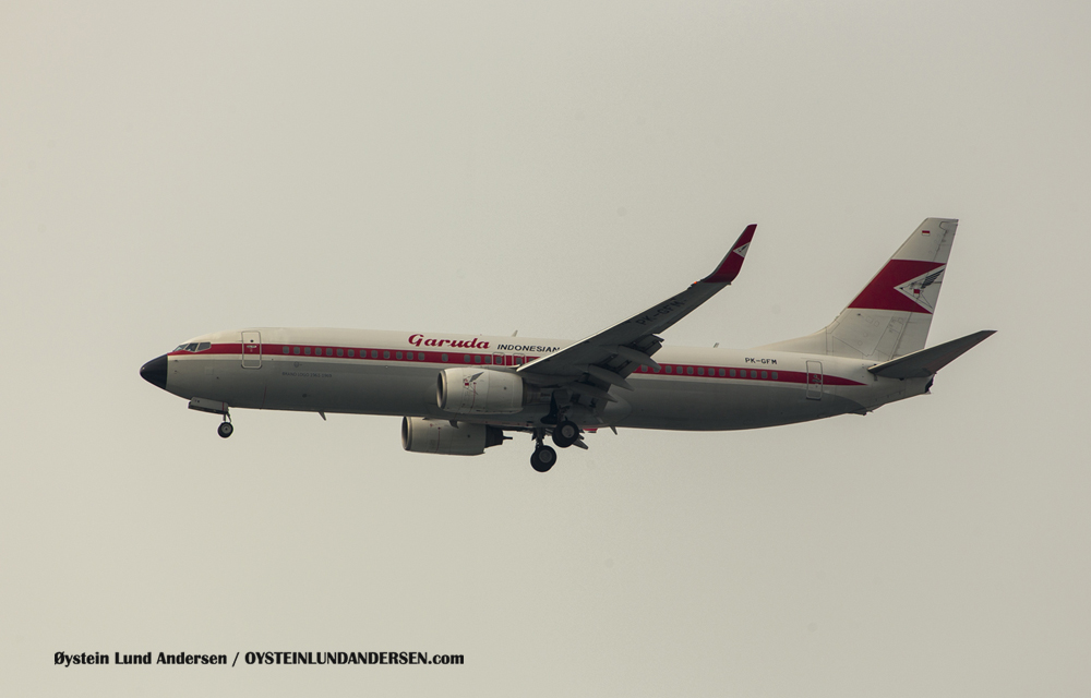 Garuda Indonesia B-737-800 in Retro Livery (6 December 2015)