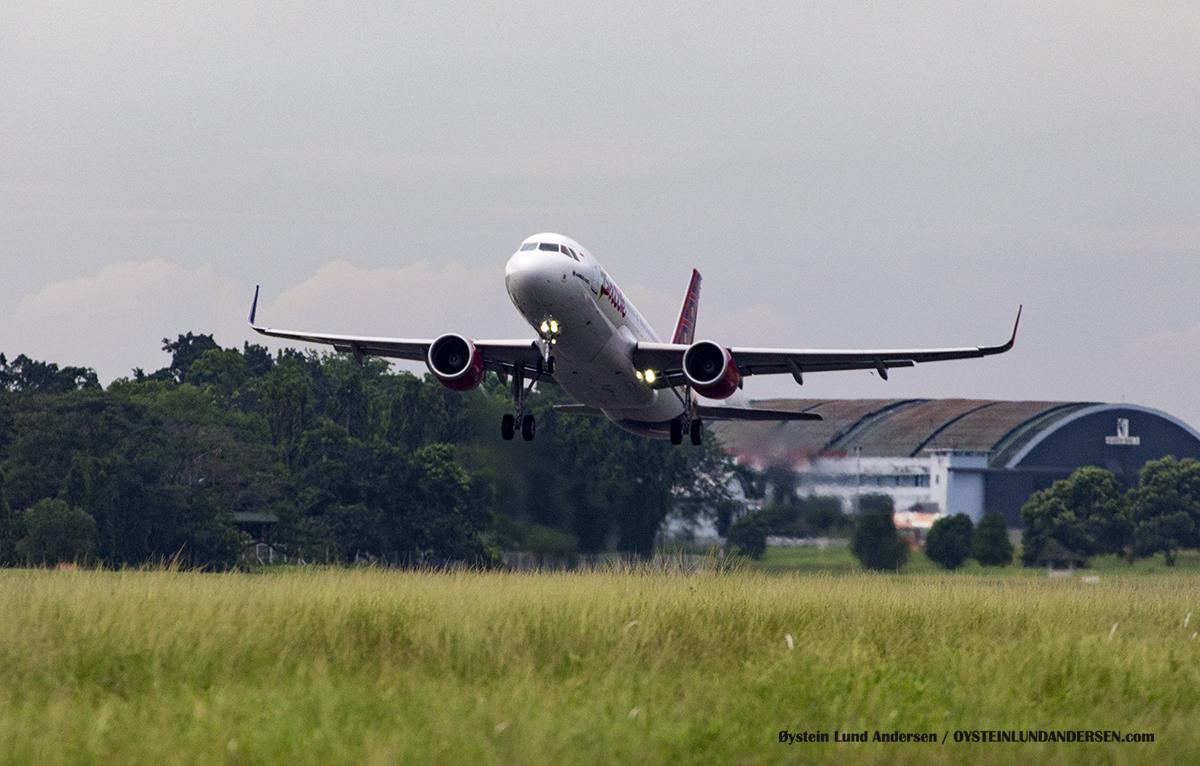 batik-air b737-800 pk-lar Halim Airport HLP Jakarta Indonesia Spotting 2016