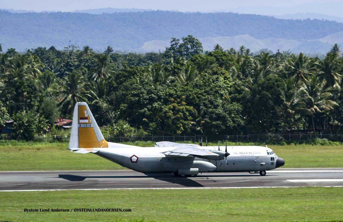 TNI C-130HS A-1318 hercules sentani airport jayapura djj spotting