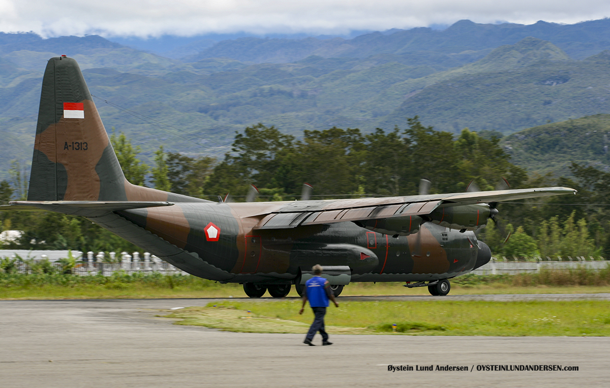TNI-AU C-130 (A-1313) (January 2010) Wamena WMX airport papua spotting