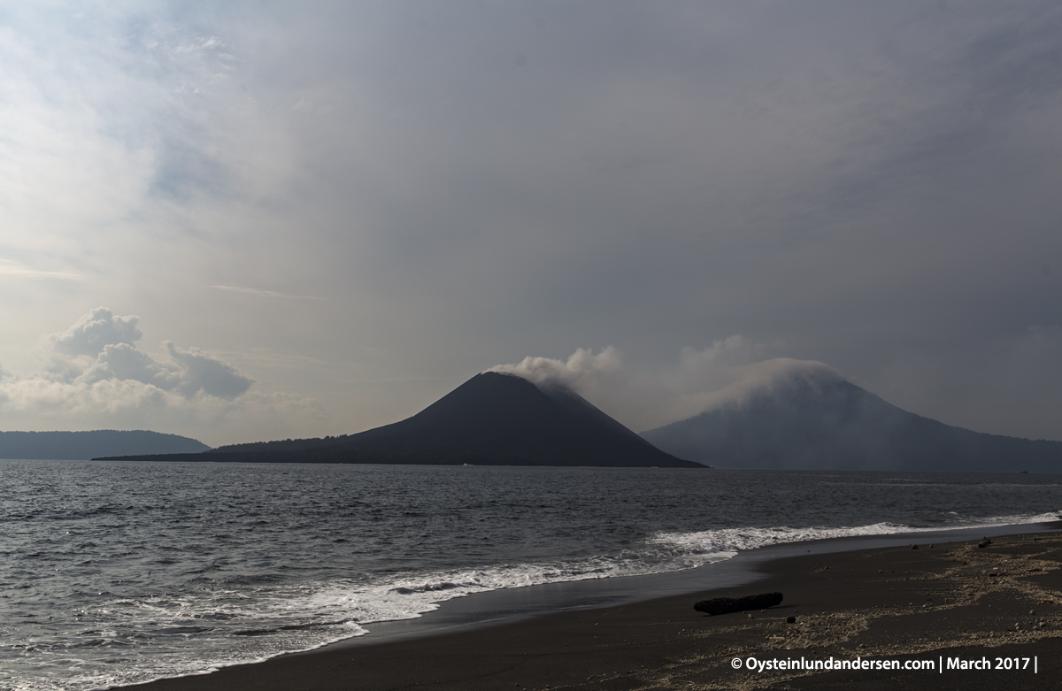 beach 2017 march Krakatau volcano