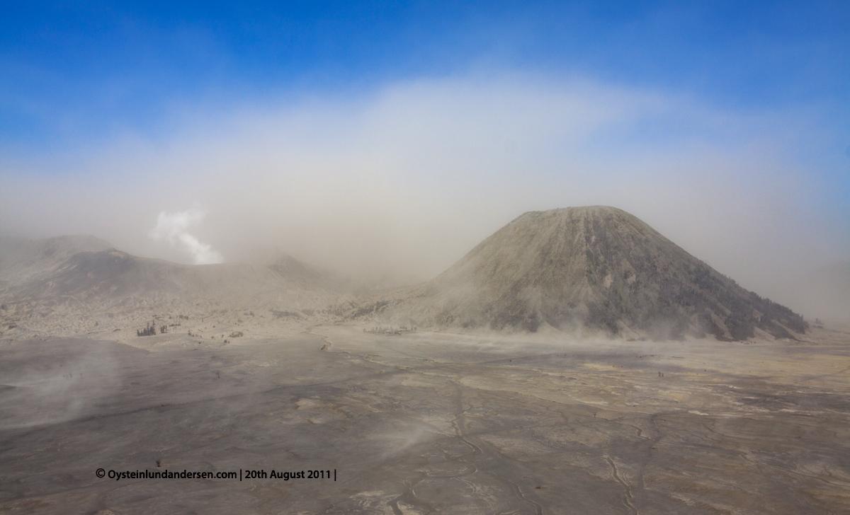Bromo Tengger 2011 Indonesia volcano