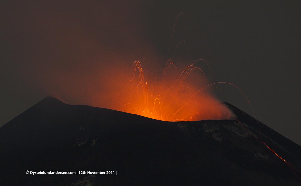 Krakatau Krakatoa 2011 eruption volcano ash Øystein Andersen
