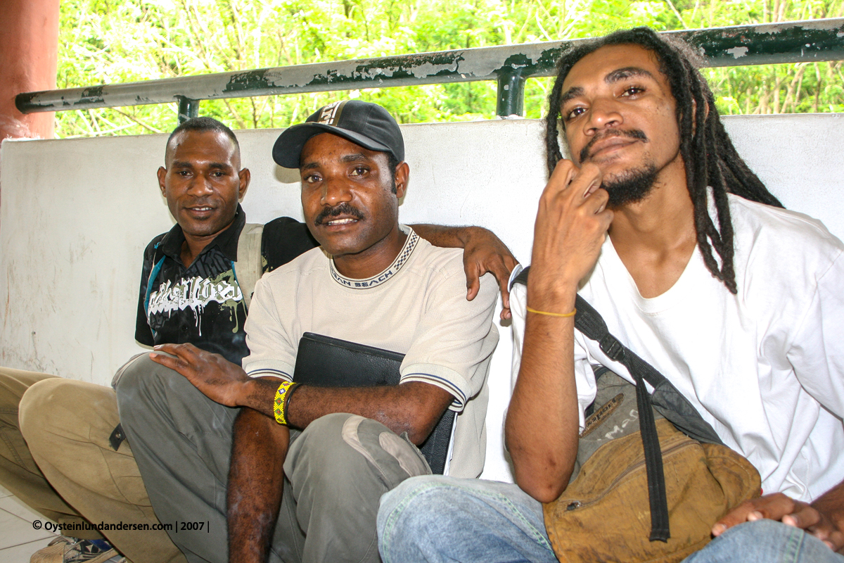 Cenderawasih University UNCEN Maximus kandam, Naman Giban and the rastaman Aquarisal Imbiri