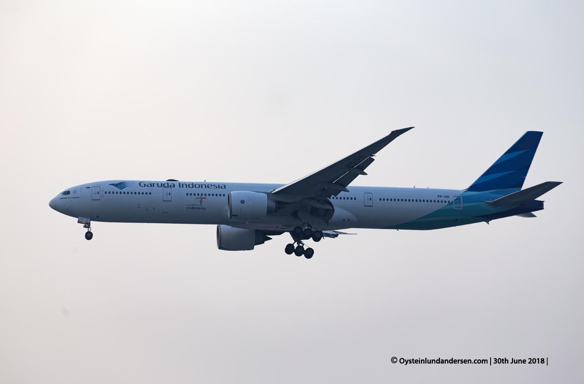 Boeing 777-300ER (PK-GIE)