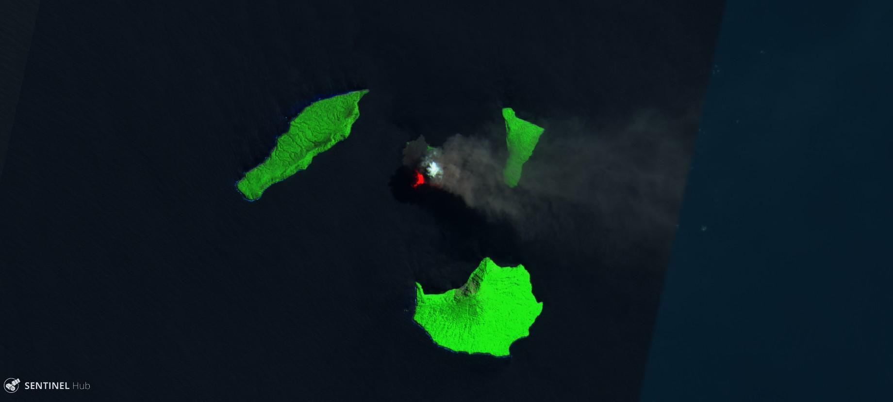 Krakatau Krakatoa Sentinel image august 2018 Indonesia volcano