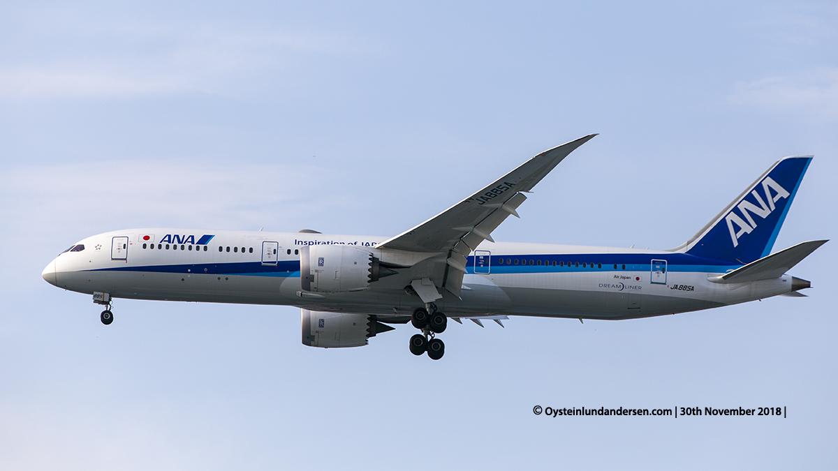 All Nippon Airways Boeing 787-9 (JA885A) Jakarta airport Indonesia CGK