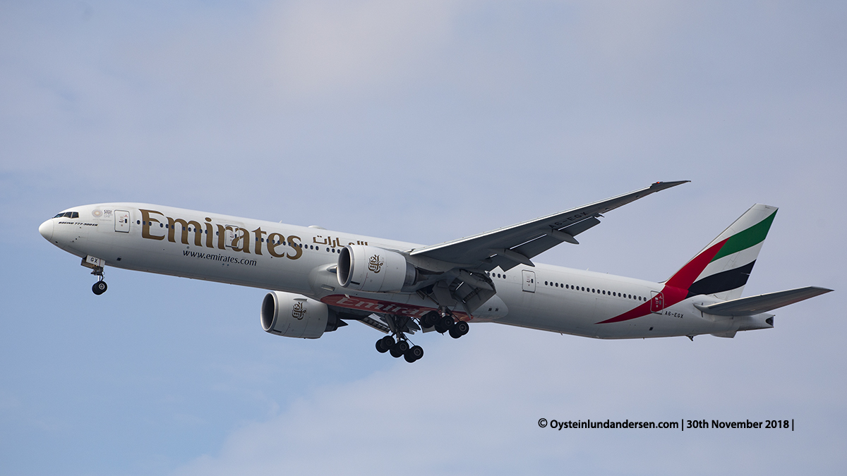 Emirates Boeing 777-300ER (A6-EGX) Jakarta airport Indonesia CGK