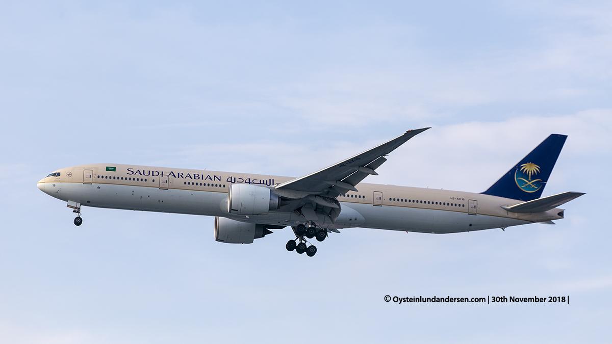 Jakarta aiport Saudi Arabian Airlines Boeing 777-300ER (HZ-AK16) Jakarta Airport