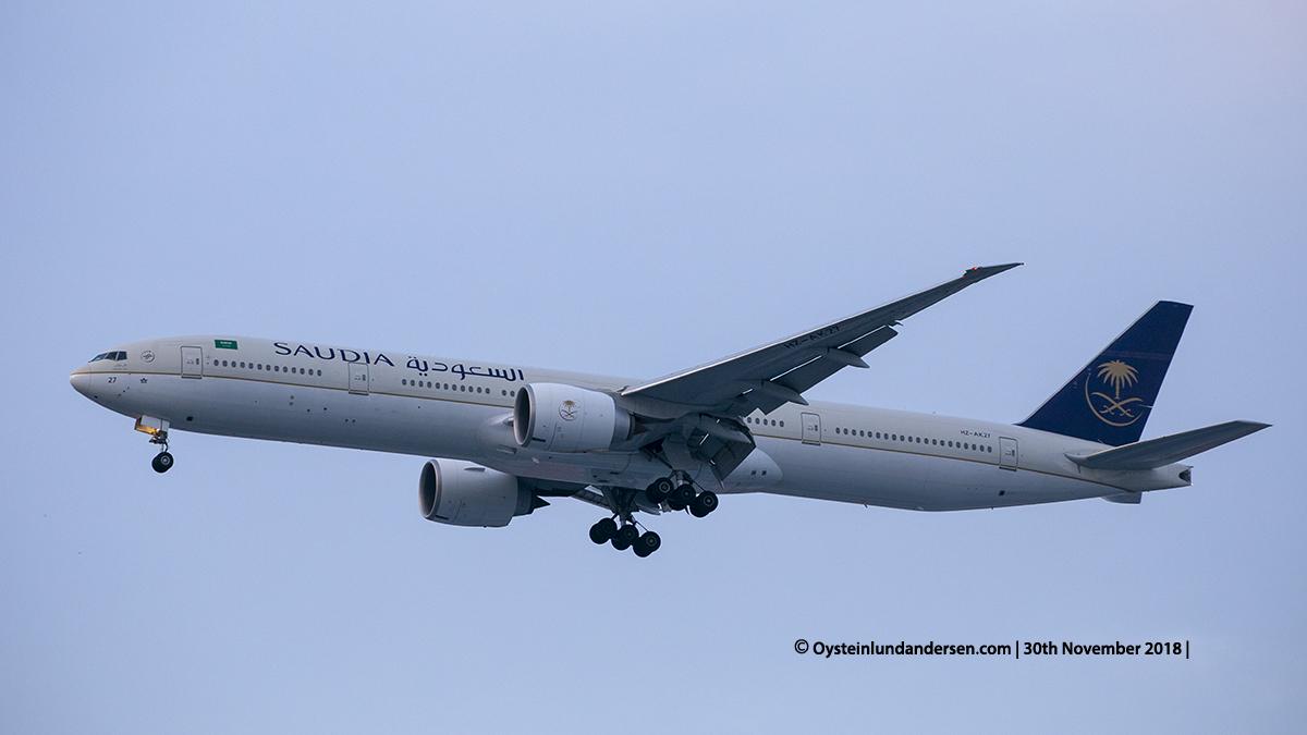 Saudi Arabian Airlines Boeing 777-300ER (HZ-AK27) Jakarta airport Indonesia CGK