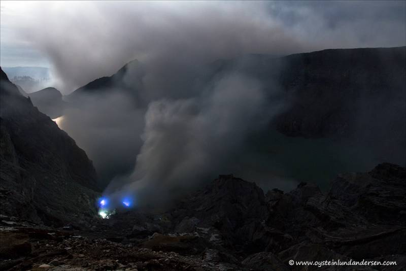 The blue flame of Ijen seen during full moon on the 26th December 2012