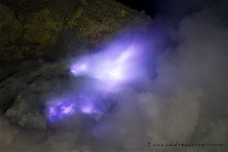 Ijen_volcano-2012-x2-2_jpg-for-web-xlarge