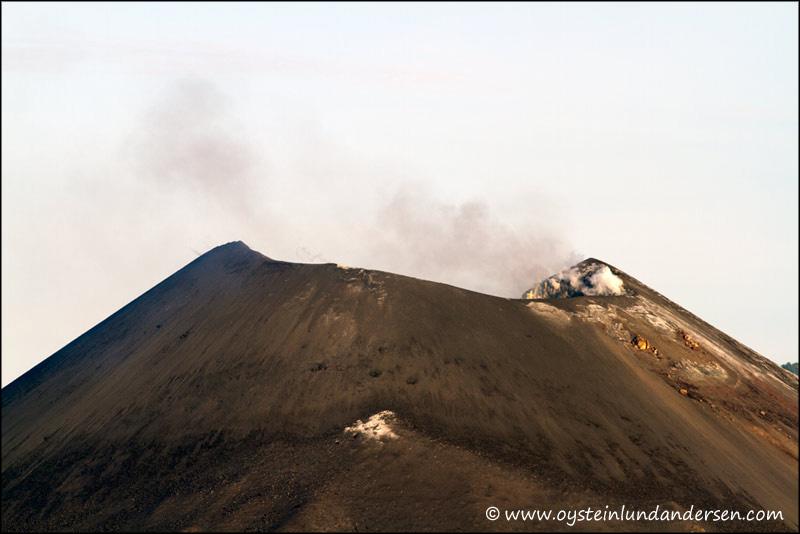Krakatau-volcano-June-2012x1