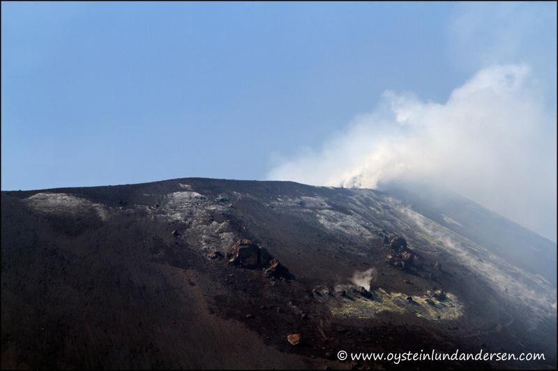 Krakatau-volcano-June-2012x4