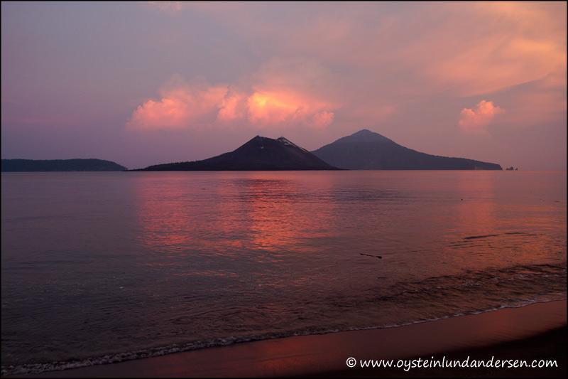 Krakatau-volcano-May-2012-x4