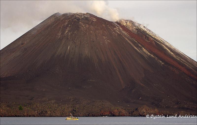 Krakatau-volcano-june-2013(IMG_3459
