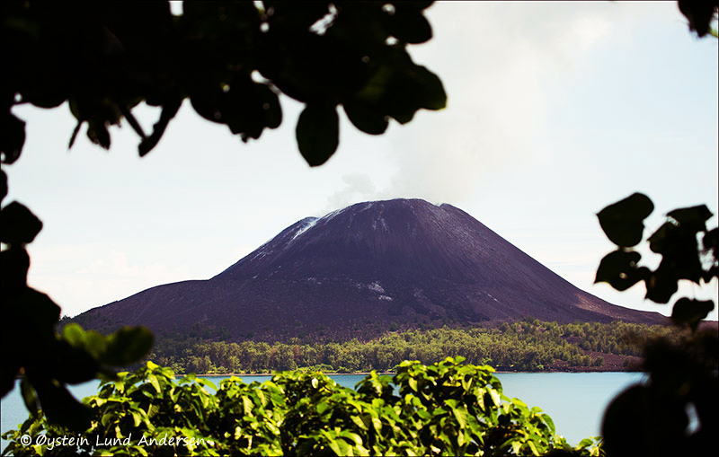 Krakatau-volcano-june-2013(IMG_5575)