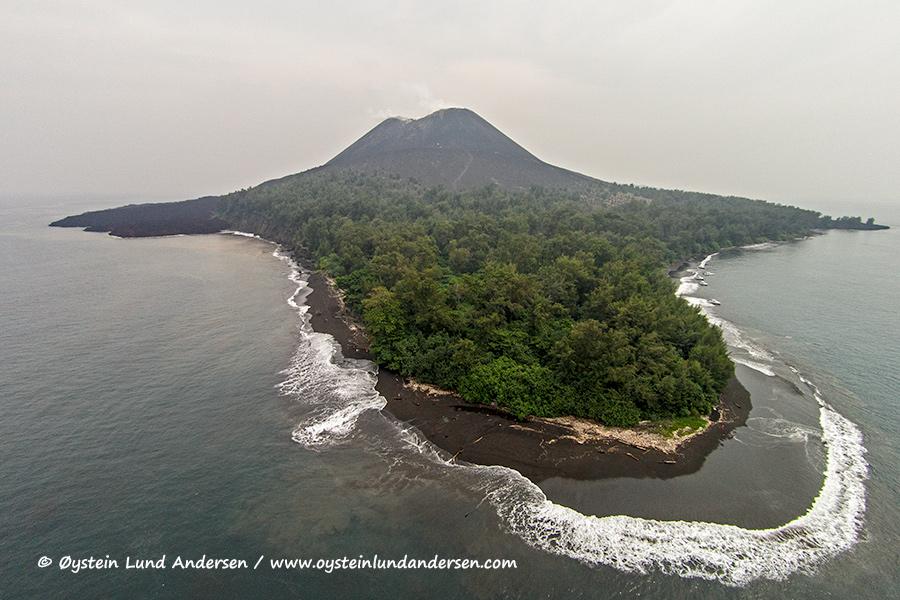 Krakatau-volcano-june-2014-aerial-(DJI00238)