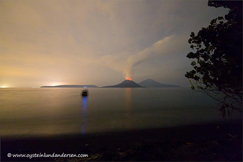 Krakatau-volcano-november-2013(IMG_6242)