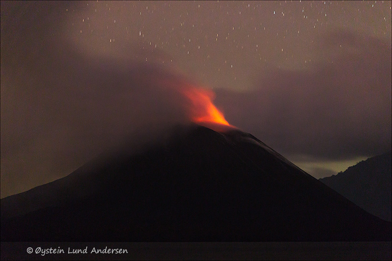 Krakatau-volcano-october-2013(IMG_3713)