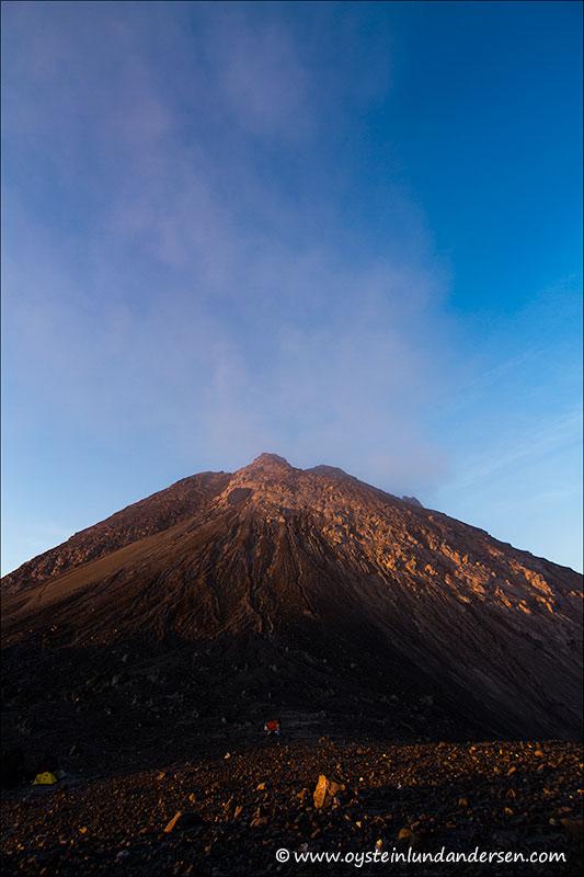 Merapi-volcano-October-2012-x5