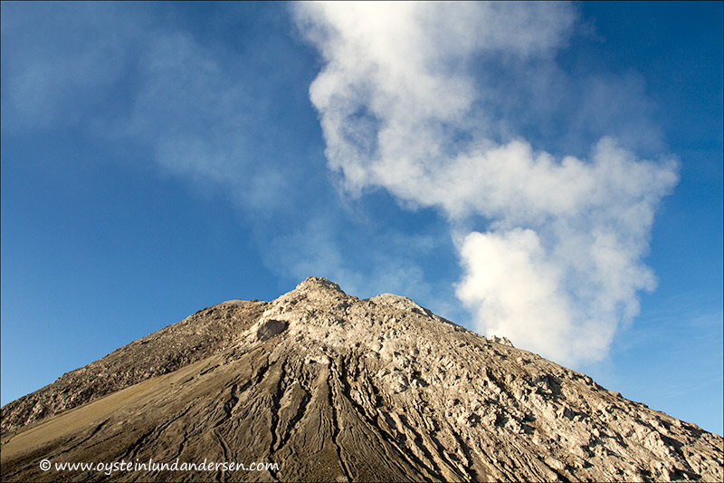 Plume originating from a gas explotion? (27th October 2012)