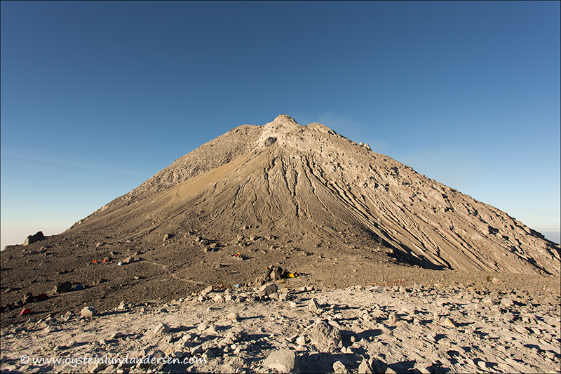 10. The peak seen from the Pasar Bubrah Plateau.
