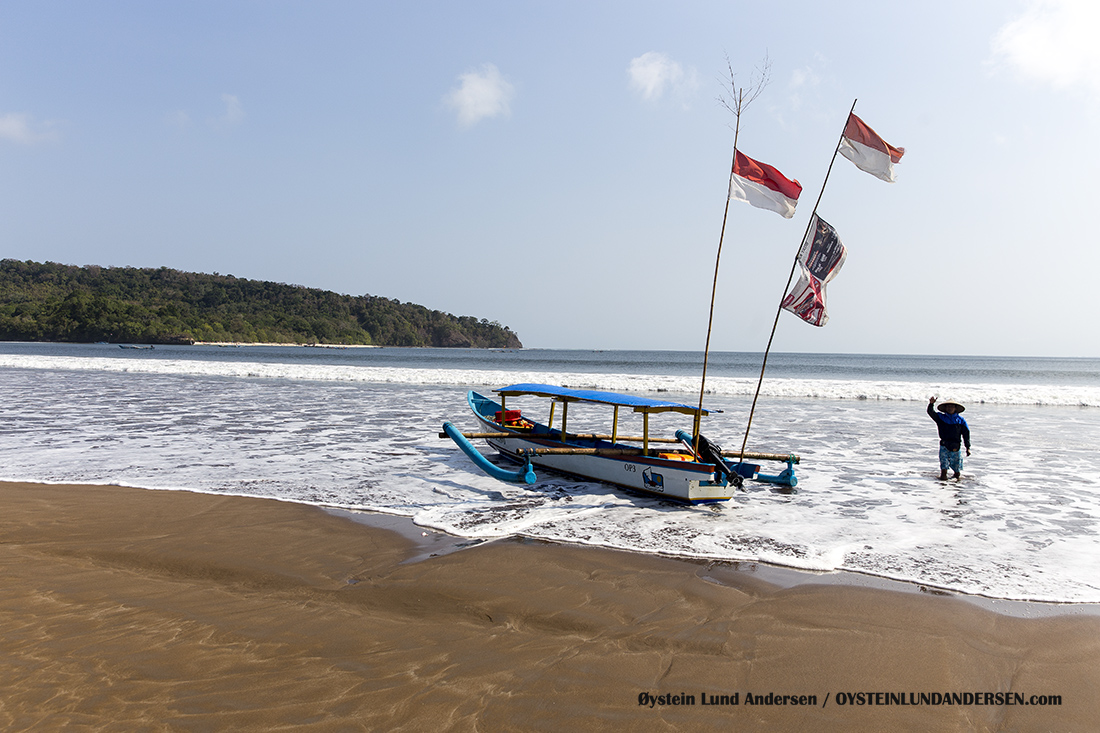 Traditional boat at the beach.
