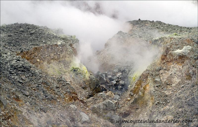 Papandayan-volcano-2012-x9