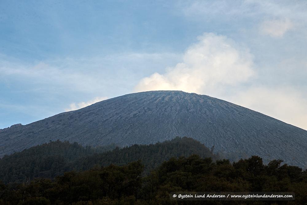 Semeru-volcano-october-2014-(IMG_6138)