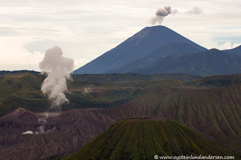 Tengger-Bromo_volcano_june-2013-(IMG_7235)