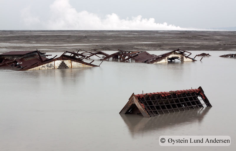 Thousands of houses are destroyed by the mudflow, here are some that still are visable.