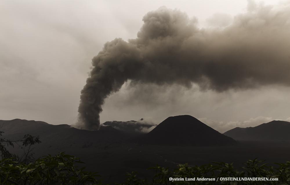 Bromo Eruption 2015 Indonesia ash