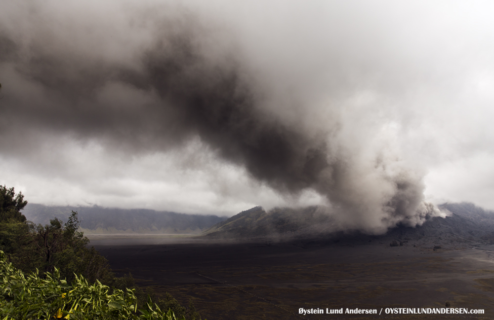 Bromo Eruption 2015 Indonesia ash lava