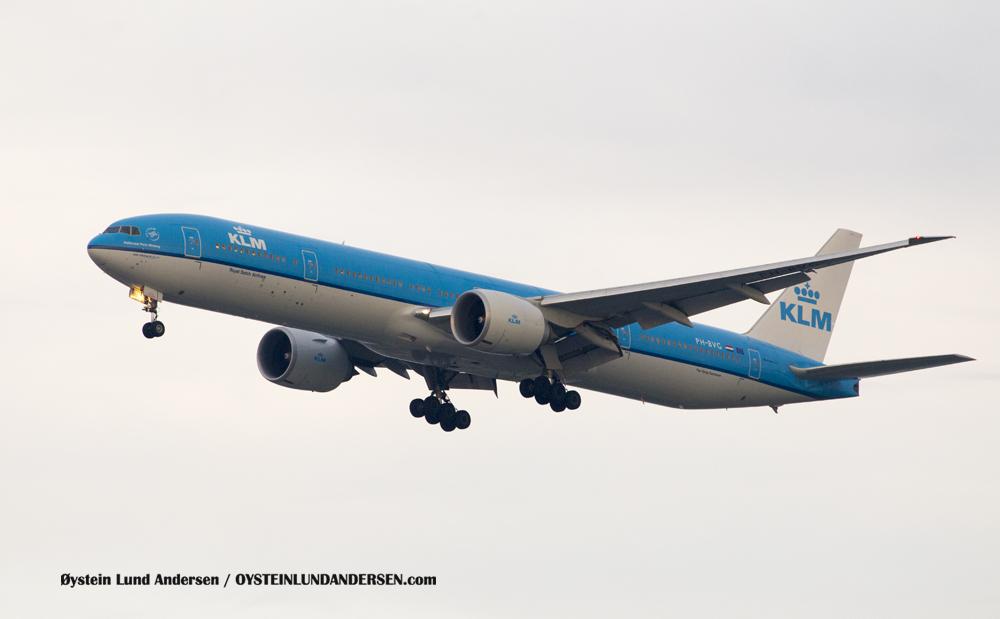 KLM Boeing 777-300ER arriving from Kuala Lumpur (PH-BVG) (15th February 2016)