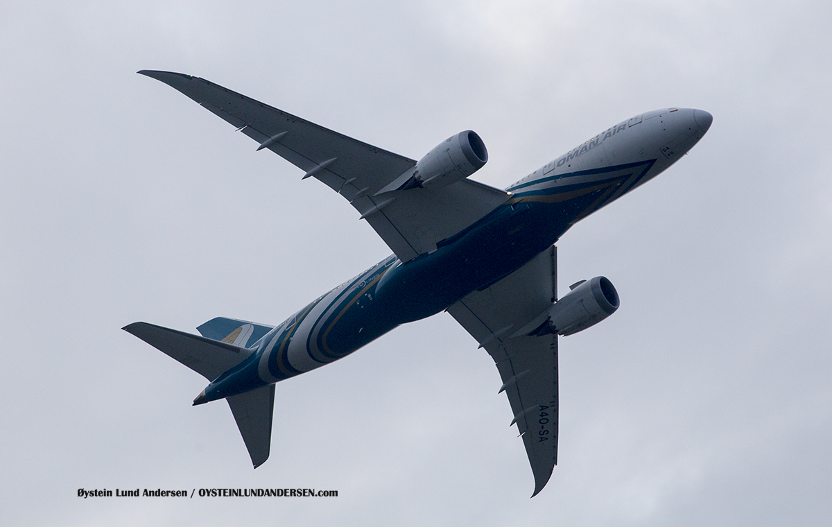 Mihin Lanka (4R-MRF) Airbus 319-100 Jakarta Airport Sukarno Hatta