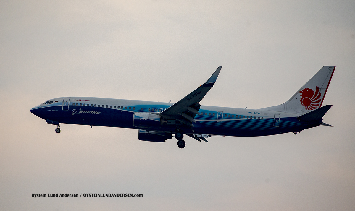 Lion Air (PK-LFG) Boeing 737-900ER