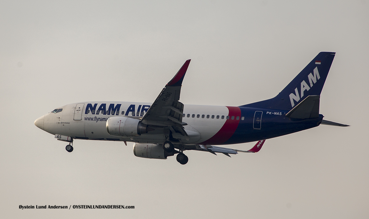 "Nam Air Boeing 737-500 named ""Kehormatan"" (Respect) (PK-NAS)"