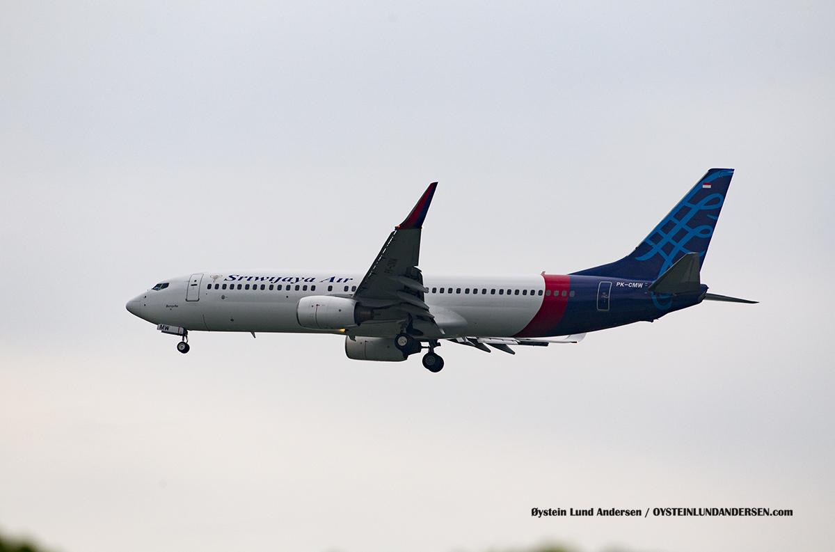 Jakarta Indonesia Sriwijaya - Boeing 737-800 (PK-CMW, named Bersyeba)