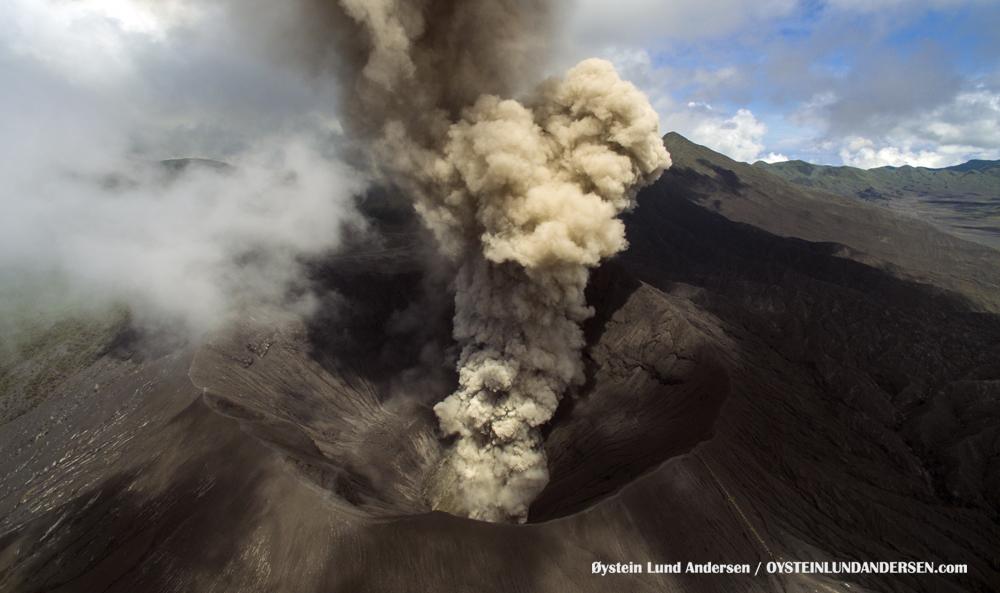 aerial drone uav Bromo Tengger Indonesia Eruption Volcano April 2016