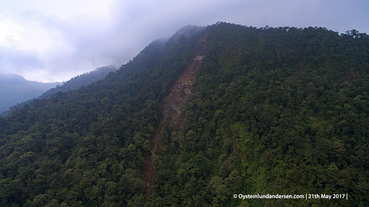Salak volcano landslide tanah longsor 2017