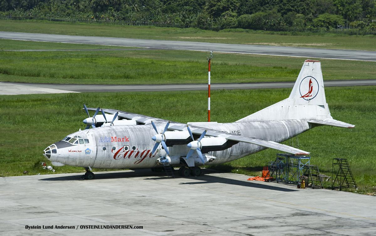 Antonov-12 (ER-AaAntonov-12 (ER-ADE) Sentani Papua Indonesia