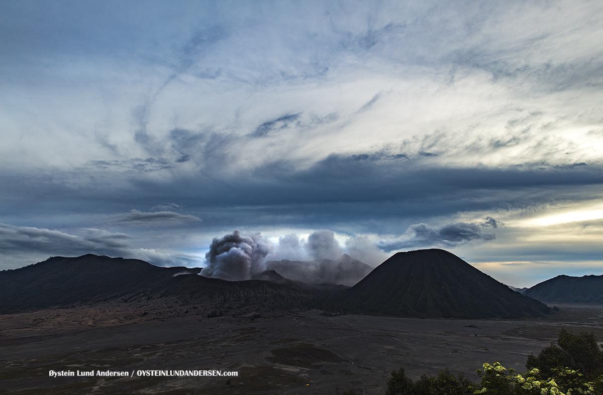 Bromo Tengger Volcano Eruption October 2016 Indonesia