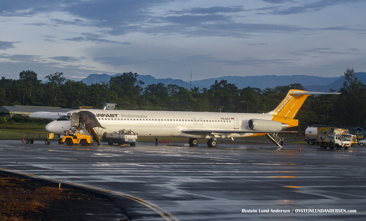 MD82 (PK-OCT) timika airport papua spotting