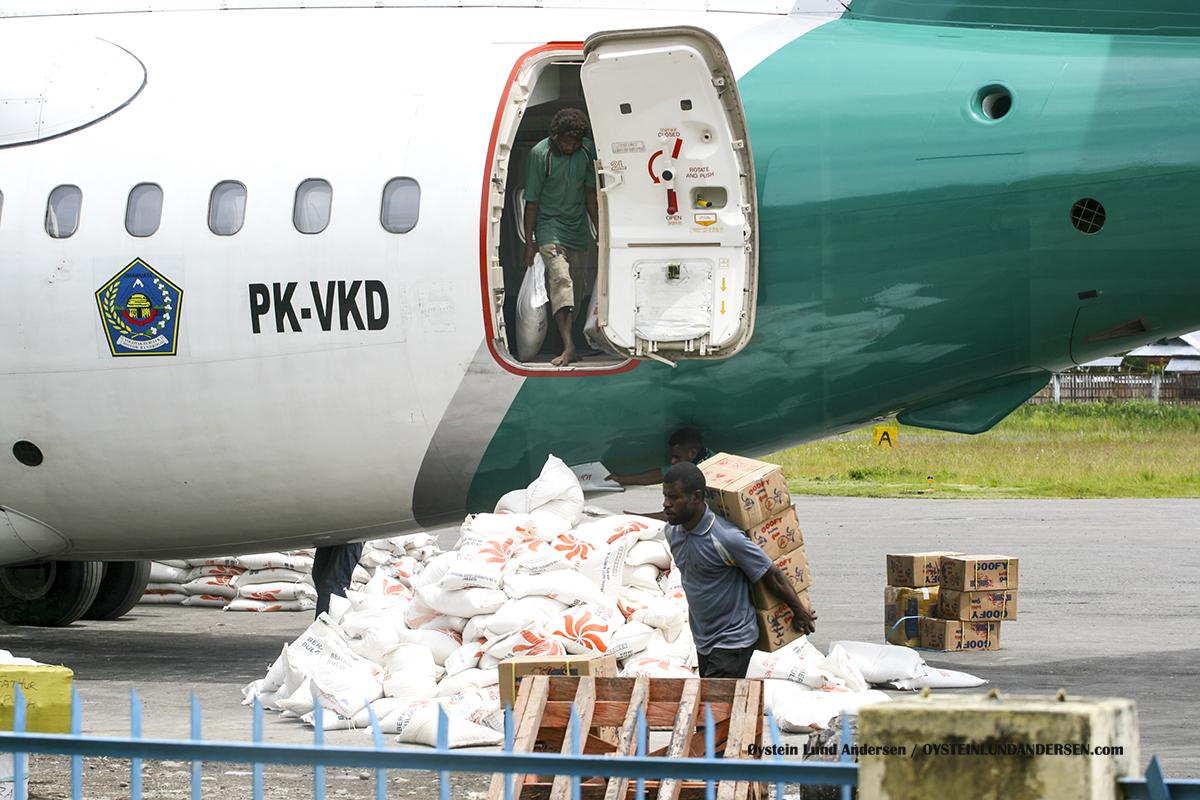 Penas air PK-VKD 2010 Wamena WMX airport papua
