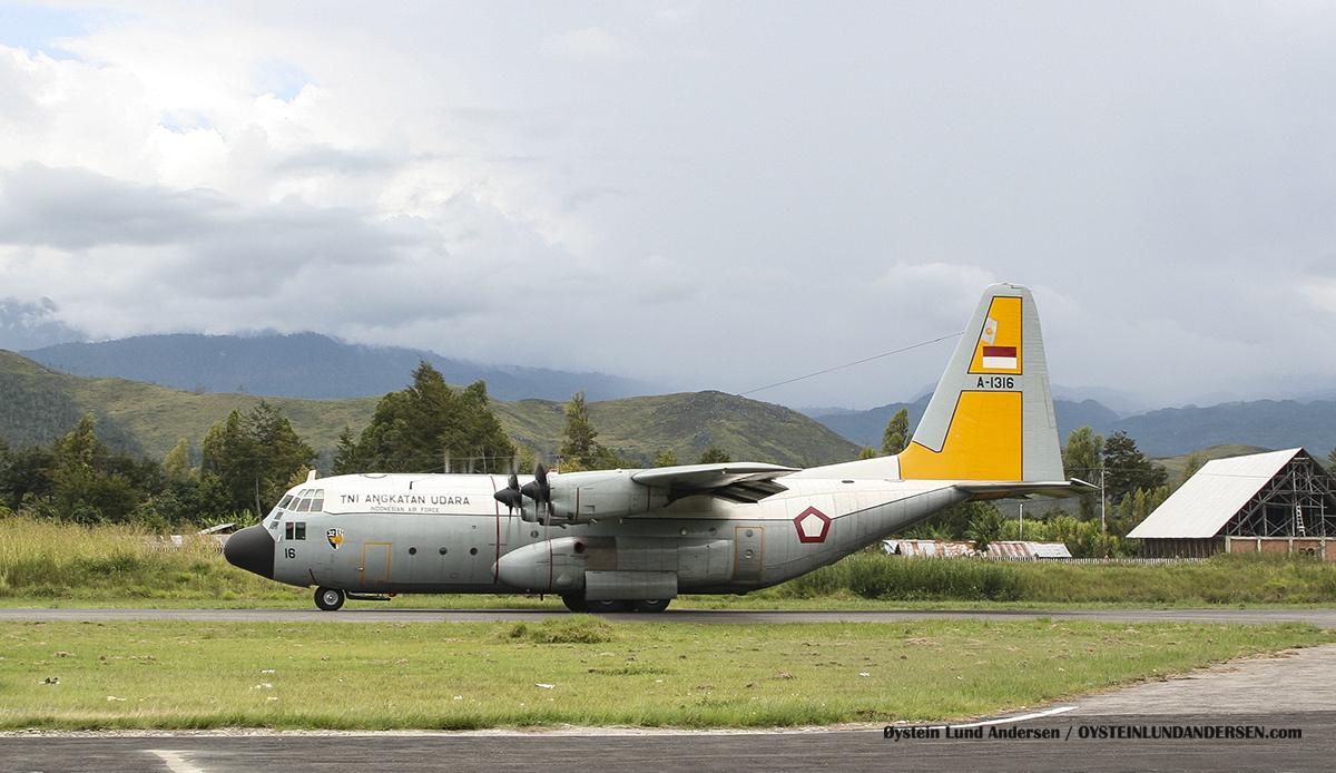 C-130 (A-1315) 2005 Wamena WMX airport papua spotting